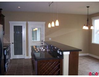 """Photo 7: 6150 149A Street in Surrey: Sullivan Station House for sale in """"SULLIVAN PLATEAU"""" : MLS®# F2904589"""