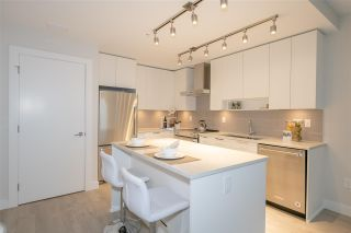 """Photo 6: TH1 1768 GILMORE Avenue in Burnaby: Willingdon Heights Townhouse for sale in """"Escala"""" (Burnaby North)  : MLS®# R2418211"""