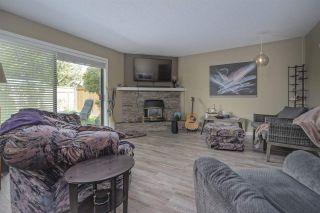 """Photo 2: 7 34755 OLD YALE Road in Abbotsford: Abbotsford East Townhouse for sale in """"Glenview"""" : MLS®# R2454937"""