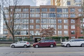 "Photo 1: 512 3588 VANNESS Avenue in Vancouver: Collingwood VE Condo for sale in ""Emerald Court"" (Vancouver East)  : MLS®# R2537241"