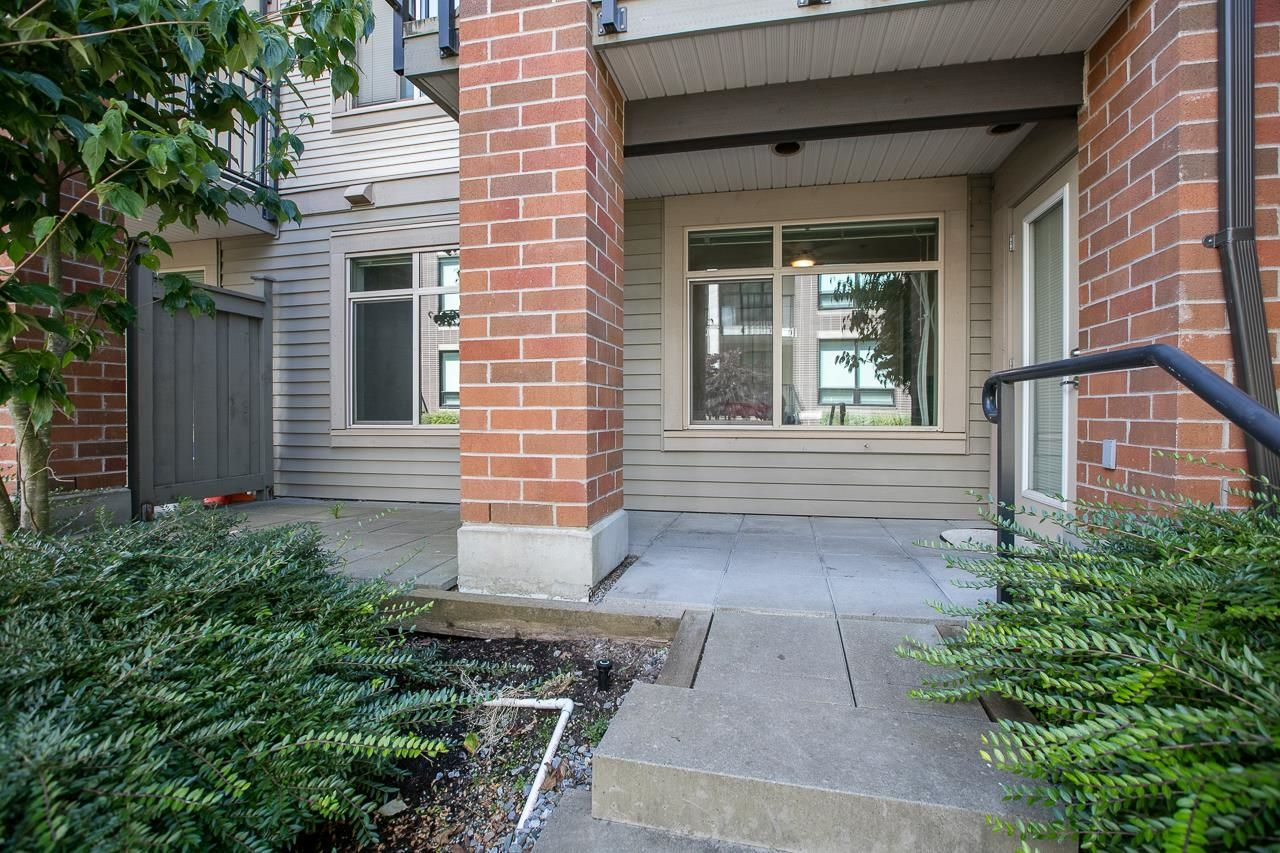 """Main Photo: 113 9299 TOMICKI Avenue in Richmond: West Cambie Condo for sale in """"MERIDIAN GATE"""" : MLS®# R2620047"""