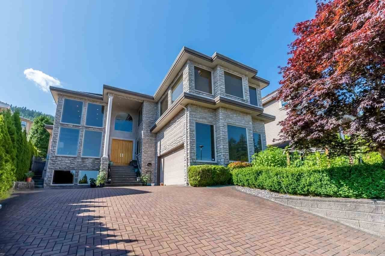 Main Photo: 3065 YELLOWCEDAR Place in Coquitlam: Westwood Plateau House for sale : MLS®# R2592687
