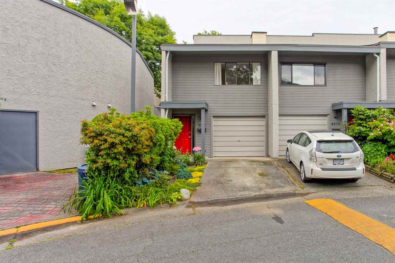 "Main Photo: 4882 TURNBUCKLE Wynd in Delta: Ladner Elementary Townhouse for sale in ""HARBOURSIDE"" (Ladner)  : MLS®# R2072644"