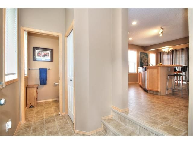 Photo 5: Photos: 304 EVERSYDE Circle SW in Calgary: Evergreen House for sale : MLS®# C4035934