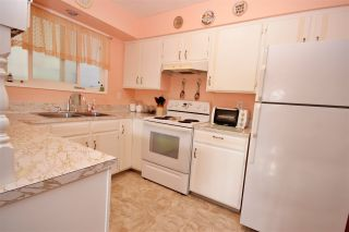 Photo 5: 7740 OLD CARIBOO Highway in Prince George: Buckhorn Duplex for sale (PG Rural South (Zone 78))  : MLS®# R2466314