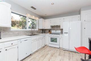 Photo 8: 627 Vanalman Ave in VICTORIA: SW Northridge House for sale (Saanich West)  : MLS®# 773325