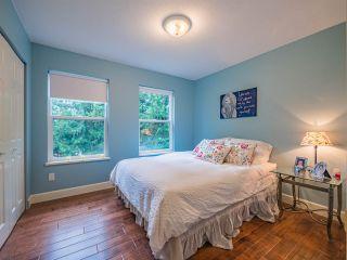 "Photo 11: 8130 CEDARWOOD Road in Halfmoon Bay: Halfmn Bay Secret Cv Redroofs House for sale in ""WELCOME WOODS"" (Sunshine Coast)  : MLS®# R2228689"