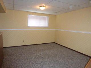 Photo 8: 43 DOVERGLEN Crescent SE in CALGARY: Dover Glen Residential Detached Single Family for sale (Calgary)  : MLS®# C3617661