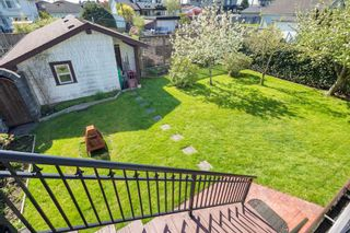 Photo 18: 8134 14TH Avenue in Burnaby: East Burnaby House for sale (Burnaby East)  : MLS®# R2396983