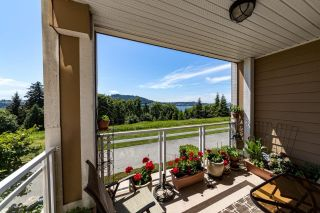"""Photo 14: 213 3629 DEERCREST Drive in North Vancouver: Roche Point Condo for sale in """"DEERFIELD BY THE SEA"""" : MLS®# R2596801"""