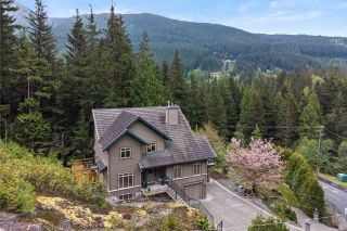 """Main Photo: 1065 UPLANDS Drive: Anmore House for sale in """"UPLANDS"""" (Port Moody)  : MLS®# R2576961"""