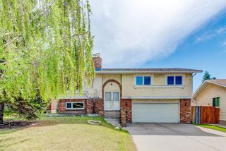 Photo 3: 203 Range Crescent NW in Calgary: Ranchlands Detached for sale : MLS®# A1111226