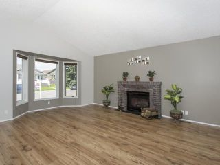 Photo 3: 56 MILLCREST Road SW in Calgary: Millrise Residential Detached Single Family for sale : MLS®# C3632719