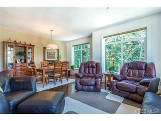 Photo 5: 302 594 Bezanton Way in VICTORIA: Co Olympic View Condo for sale (Colwood)  : MLS®# 711417