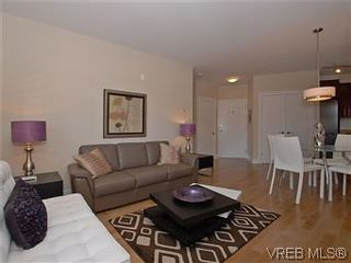 Photo 4: 118 21 Conard St in : VR Hospital Condo for sale (View Royal)  : MLS®# 569626