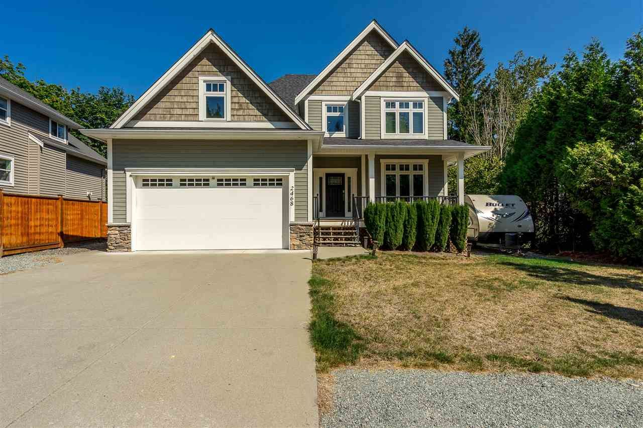 Main Photo: 2468 WHATCOM Road in Abbotsford: Abbotsford East House for sale : MLS®# R2462919