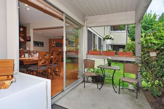 "Photo 15: 720 WESTVIEW Crescent in North Vancouver: Central Lonsdale Condo for sale in ""Cypress Gardens"" : MLS®# R2370300"