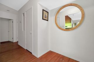 Photo 4: 946 GLENORA Avenue in North Vancouver: Edgemont House for sale : MLS®# R2521306