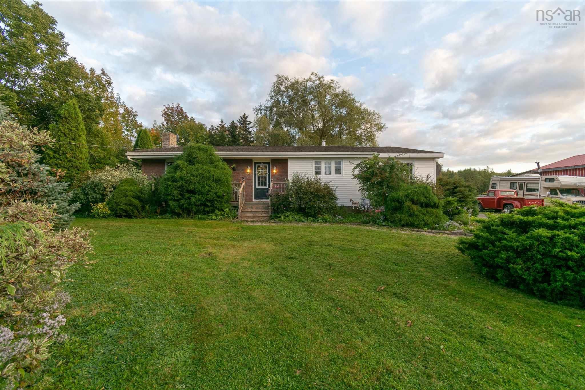 Main Photo: 7140 Highway 201 in South Williamston: 400-Annapolis County Residential for sale (Annapolis Valley)  : MLS®# 202124482