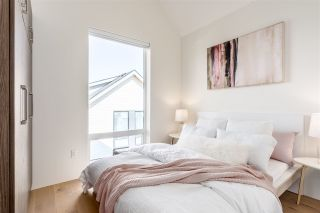 """Photo 11: 2553 E 40TH Avenue in Vancouver: Fraserview VE 1/2 Duplex for sale in """"East Fortieth"""" (Vancouver East)  : MLS®# R2557872"""