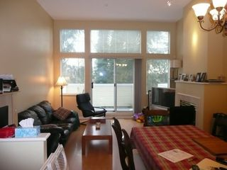 """Photo 2: 2 3586 RAINIER Place in Vancouver: Champlain Heights Townhouse for sale in """"THE SIERRA"""" (Vancouver East)  : MLS®# V687960"""