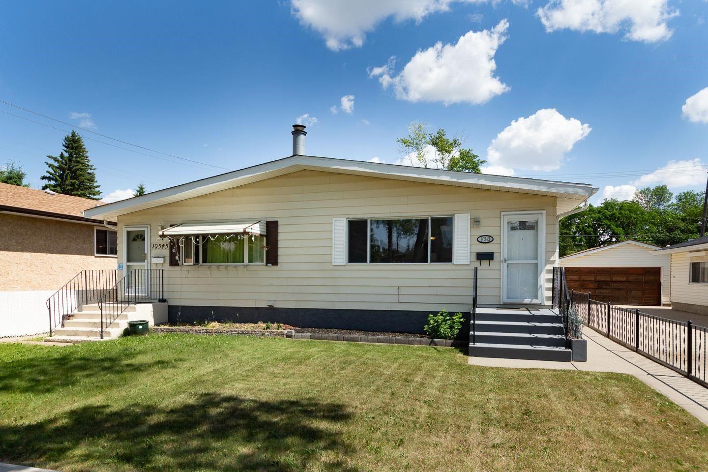 Main Photo: 10343 150 Street in Edmonton: Zone 21 House Half Duplex for sale : MLS®# E4251686