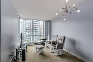 """Photo 2: 1203 1082 SEYMOUR Street in Vancouver: Downtown VW Condo for sale in """"FREESIA"""" (Vancouver West)  : MLS®# R2079739"""