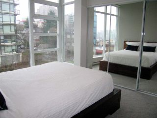 """Photo 8: 405 2550 SPRUCE Street in Vancouver: Fairview VW Condo for sale in """"SPRUCE (BY INTRACORP)"""" (Vancouver West)  : MLS®# R2045533"""