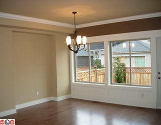 Photo 4: 21244 83A Avenue in Langley: Willoughby Heights House for sale : MLS®# F2926576