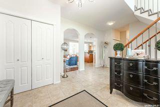 Photo 5: 335 Thode Avenue in Saskatoon: Willowgrove Residential for sale : MLS®# SK870448