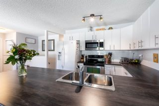 Photo 5: 10418 28A Avenue in Edmonton: Zone 16 Townhouse for sale : MLS®# E4239227