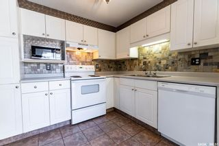 Photo 8: 16 327 Berini Drive in Saskatoon: Erindale Residential for sale : MLS®# SK871156