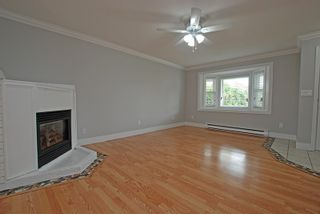Photo 3: 9535 NORTHVIEW Street in Chilliwack: Chilliwack N Yale-Well House for sale : MLS®# R2185339