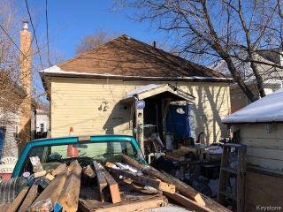 Photo 3: 350 Martin Avenue West in Winnipeg: East Kildonan Residential for sale (3A)  : MLS®# 1803374