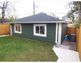 Photo 4: 1783 E 15TH Avenue in Vancouver: Grandview VE 1/2 Duplex for sale (Vancouver East)  : MLS®# V688271