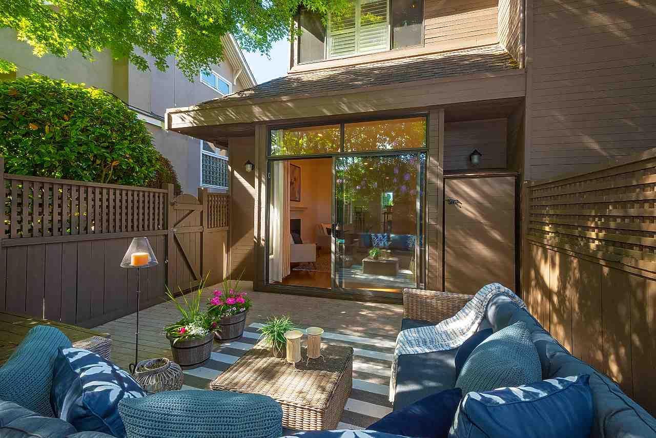 Main Photo: 1859 W 11TH Avenue in Vancouver: Kitsilano 1/2 Duplex for sale (Vancouver West)  : MLS®# R2372209