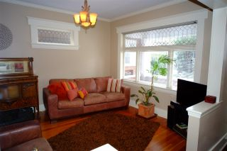 Photo 2: 2617 W 7TH Avenue in Vancouver: Kitsilano House for sale (Vancouver West)  : MLS®# R2051139