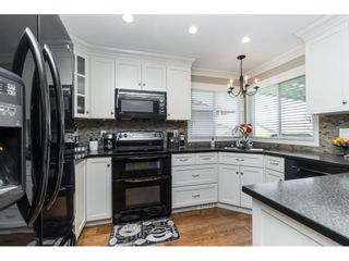"""Photo 13: 3728 SQUAMISH Crescent in Abbotsford: Central Abbotsford House for sale in """"Parkside Estates"""" : MLS®# R2460054"""