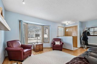 Photo 3: 144 Riverglen Park SE in Calgary: Riverbend Row/Townhouse for sale : MLS®# A1083085