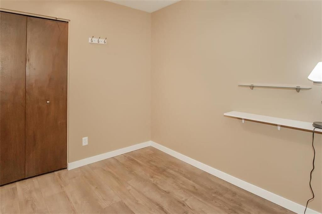Photo 16: Photos: 31 Lamirande Place in Winnipeg: Richmond Lakes Residential for sale (1Q)  : MLS®# 202119515