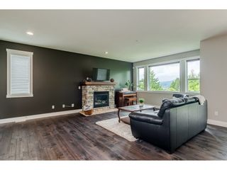 """Photo 7: 23135 GILBERT Drive in Maple Ridge: Silver Valley House for sale in """"'Stoneleigh'"""" : MLS®# R2457147"""
