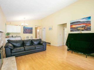 Photo 4: 5322 SHERBROOKE Street in Vancouver: Knight House for sale (Vancouver East)  : MLS®# R2588172