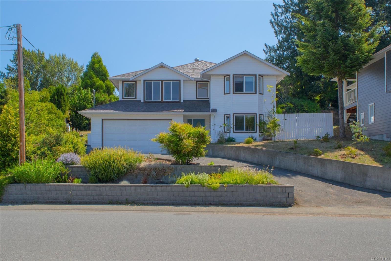 Main Photo: 6211 Fairview Way in Duncan: Du West Duncan House for sale : MLS®# 881441