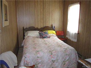 Photo 4: 422 HAZEL Avenue: Winnipeg Beach Residential for sale (R26)  : MLS®# 1710343