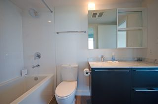 Photo 13: 2808 8131 NUNAVUT Lane in Vancouver West: Marpole Home for sale ()  : MLS®# R2077956