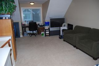 """Photo 11: 24 7298 199A Street in Langley: Willoughby Heights Townhouse for sale in """"York"""" : MLS®# R2024147"""