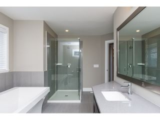 Photo 12: 15776 MOUNTAIN VIEW Drive in Surrey: Grandview Surrey House for sale (South Surrey White Rock)  : MLS®# R2145036