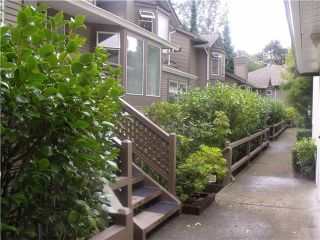 """Photo 4: 8826 LARKFIELD Drive in Burnaby: Forest Hills BN Townhouse for sale in """"PRIMROSE HILL"""" (Burnaby North)  : MLS®# V1028812"""