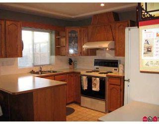 Photo 4: 8879 212B Street in Langley: Walnut Grove House for sale : MLS®# F2804221