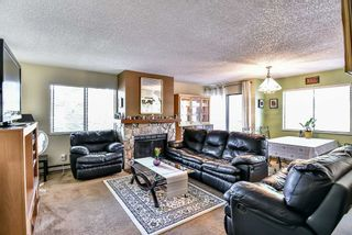 Photo 10: 204 13316 71B Avenue in Surrey: West Newton Townhouse for sale : MLS®# R2205560